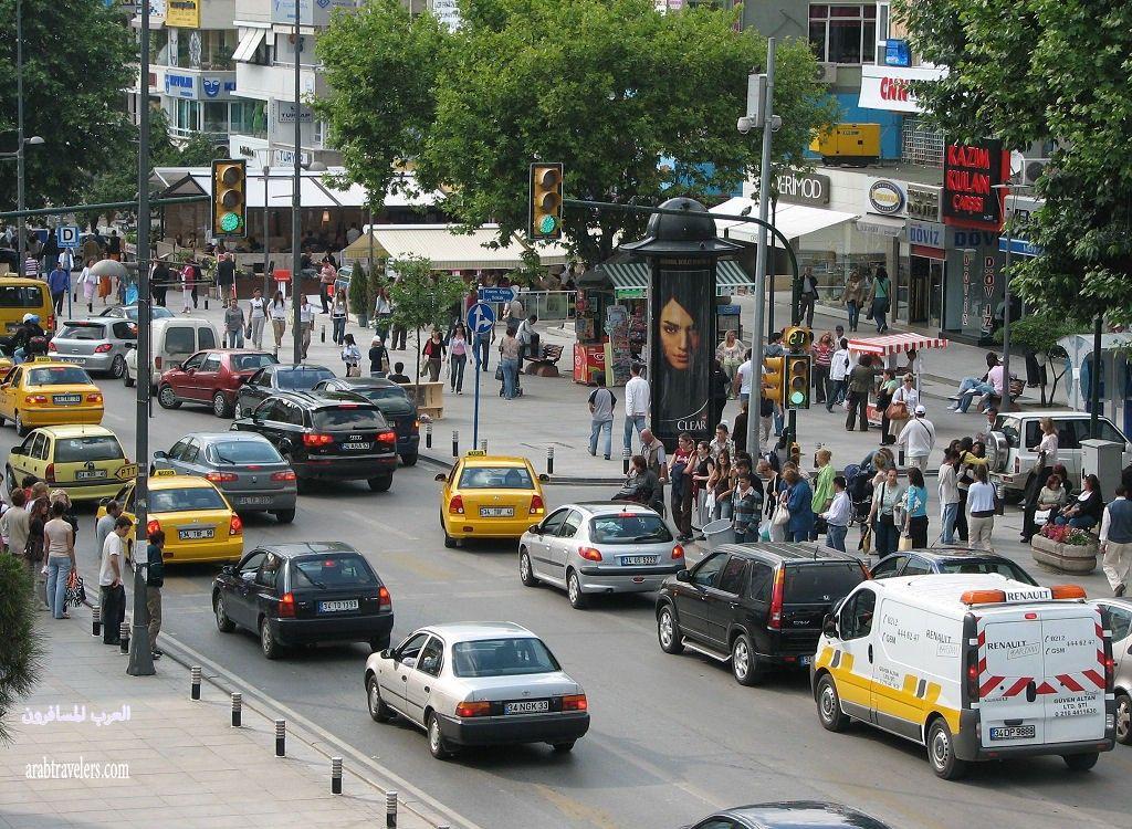 شارع بغداد من أشهر شوارع إسطنبول