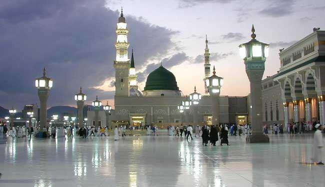 104471 المسافرون العرب المسجد النبوي من الداخل 2017