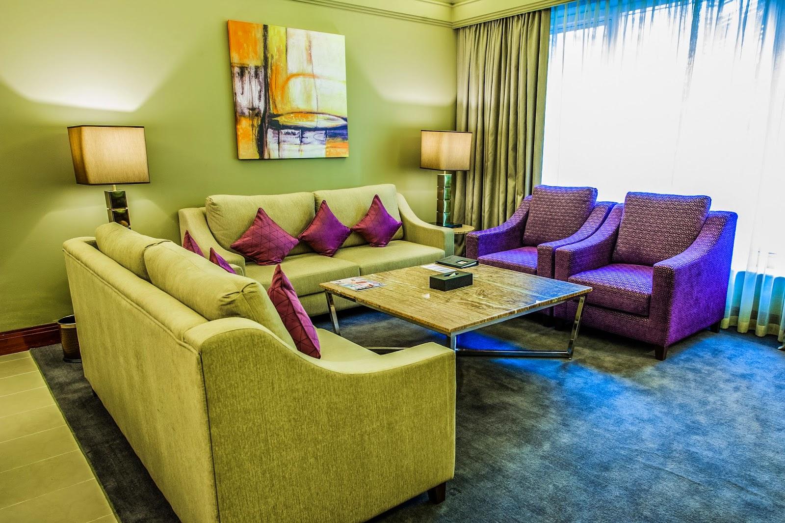 superior-suite-lounge-hres.jpg