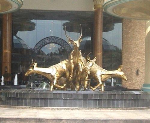 arab_travelers_malaysia_1382803015_118.jpg