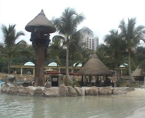 arab_travelers_malaysia_1382803847_400.jpg