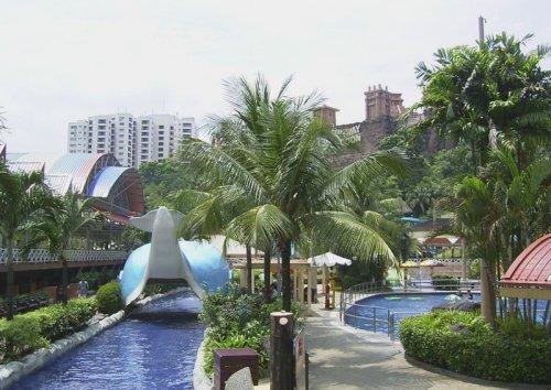 arab_travelers_malaysia_1382804011_206.jpg