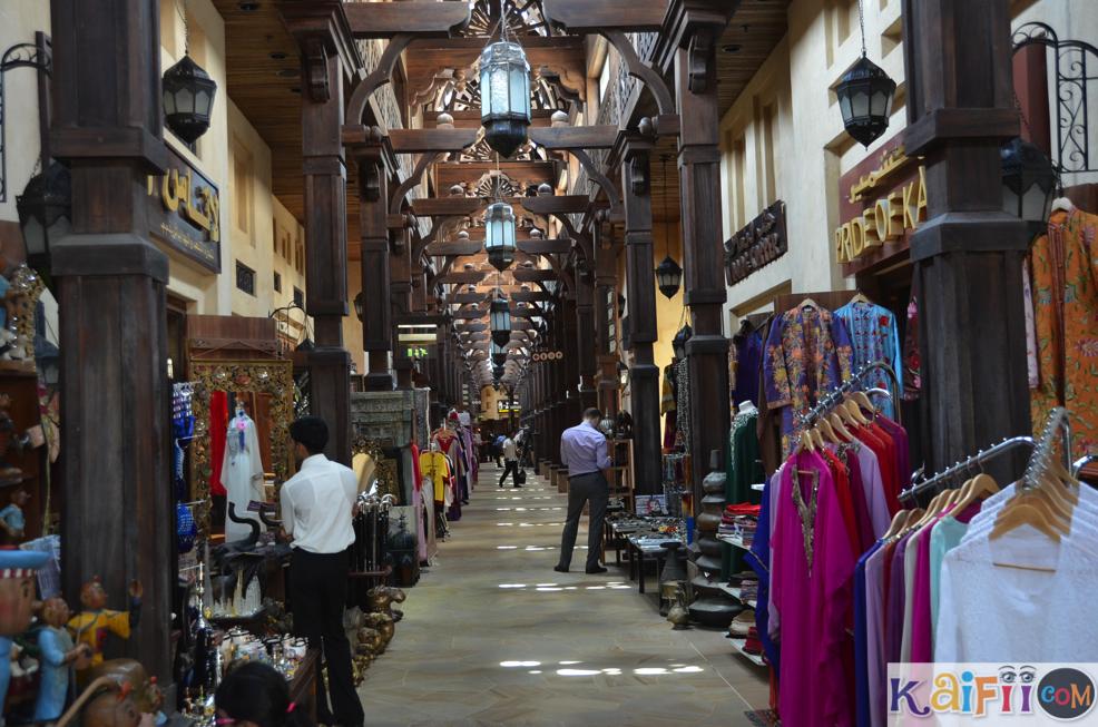 arab_travelers_malaysia_1383076461_320.jpe