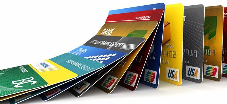 1475260815-7380-paying-off-credit-card-debt.jpg