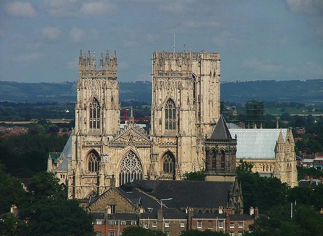 أشهر الكاتدرائيات في بريطانيا 167775 المسافرون العرب