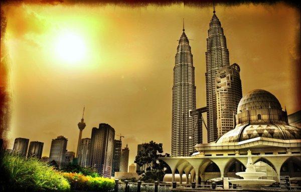 arab_travelers_malaysia_1385687245_360.jpg