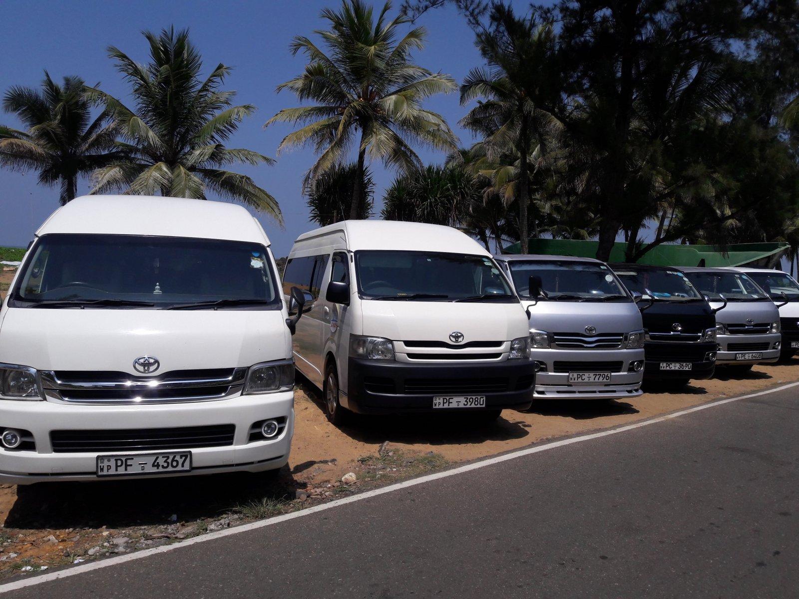 385201 المسافرون العرب احذروا من السائق الخاص بسريلانكا