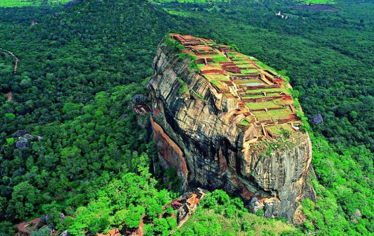 Honey Moons Trips To Srilanka3_770x485.jpg
