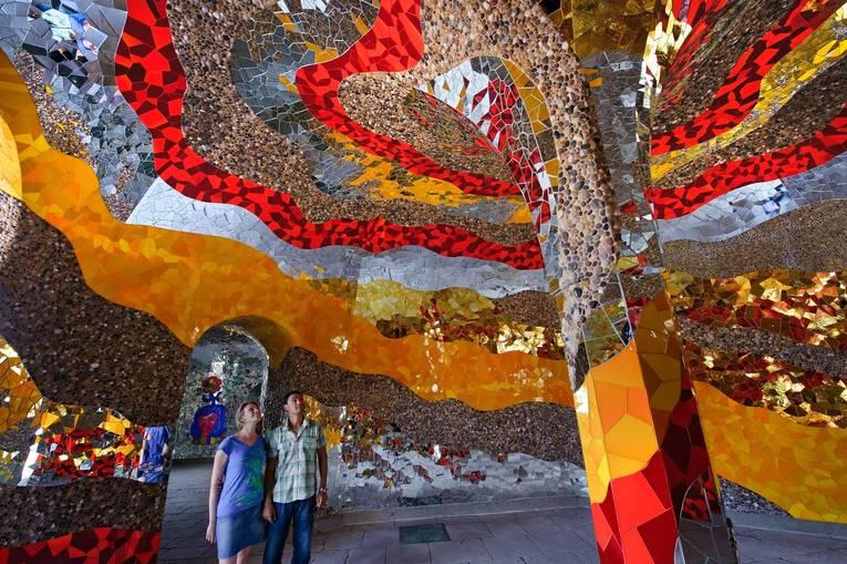 Royal-Garden-Grotto-Niki-de-Saint-Phalle_image_full.jpg