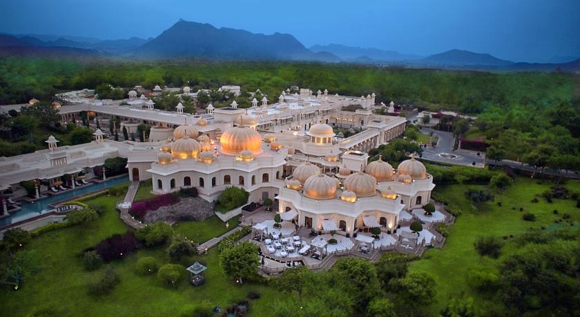 410755 المسافرون العرب أفضل و أفخم فندق في الهند والمناسب جدا للعوائل و بتصنيف 9.7 The Oberoi Udaivilas Uda