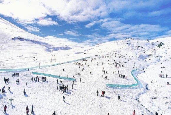 411124 المسافرون العرب منتجع مركز التزلج ساكلي كنت