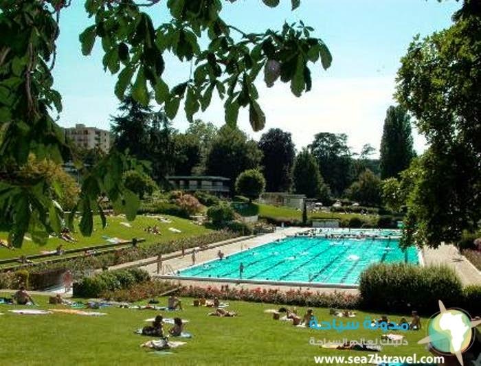 Evian-les-%E2%80%93-Bains.jpg