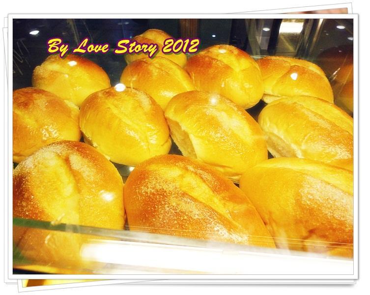 454253 المسافرون العرب أحلى معجنات وحلويات bread history