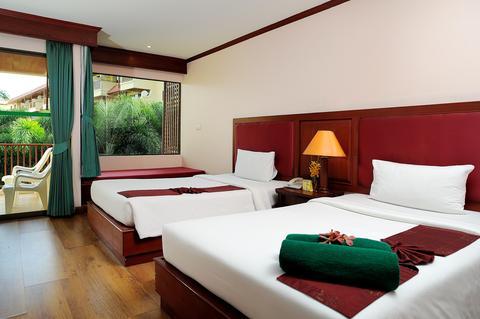 2241284-Baumanburi-Hotel-Phuket-Guest-Room-2-DEF.jpg