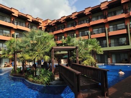patong-merlin-phuket_140120130453175006.jpg
