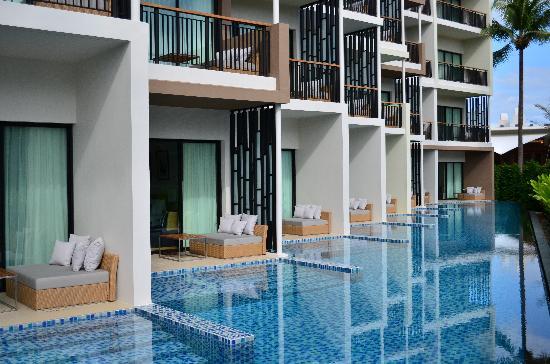 pool-access.jpg
