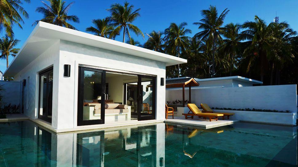 003297-04-villa-exterior.jpg