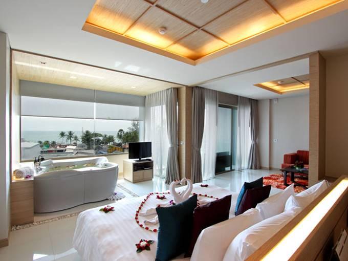 pic1-sea-view-suite.jpg