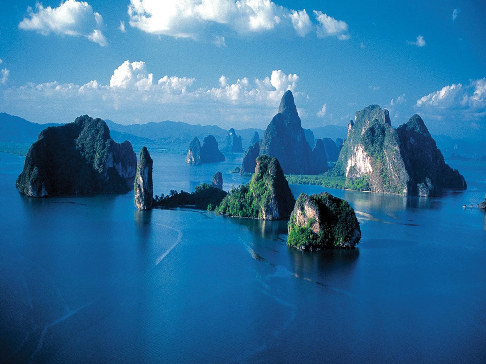 Phang-Nga-Bay.jpg