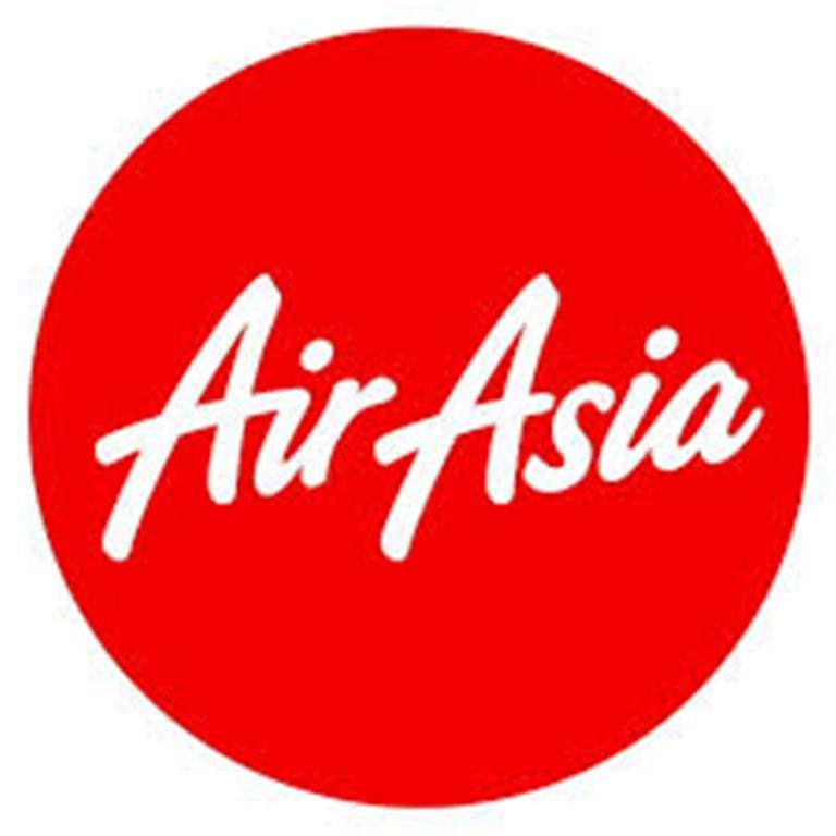 469159 المسافرون العرب التسوق و السباحة في تايلاند