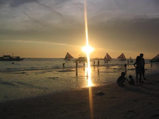 471488 المسافرون العرب المناظر الطبيعيه فى جزيرة بوراكاي
