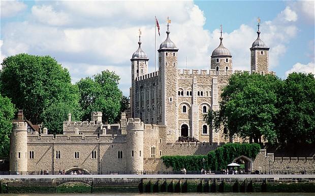 =Tower-of-London_2376127b.jpg