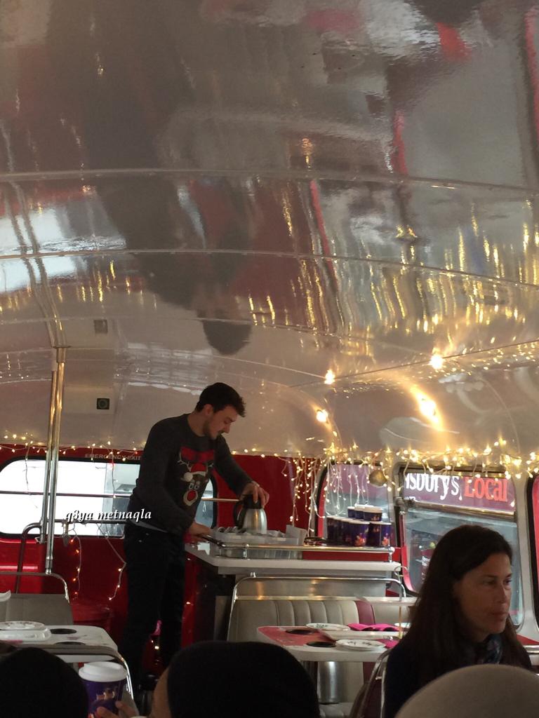 518088 المسافرون العرب مطعم باصات فيكتوريا