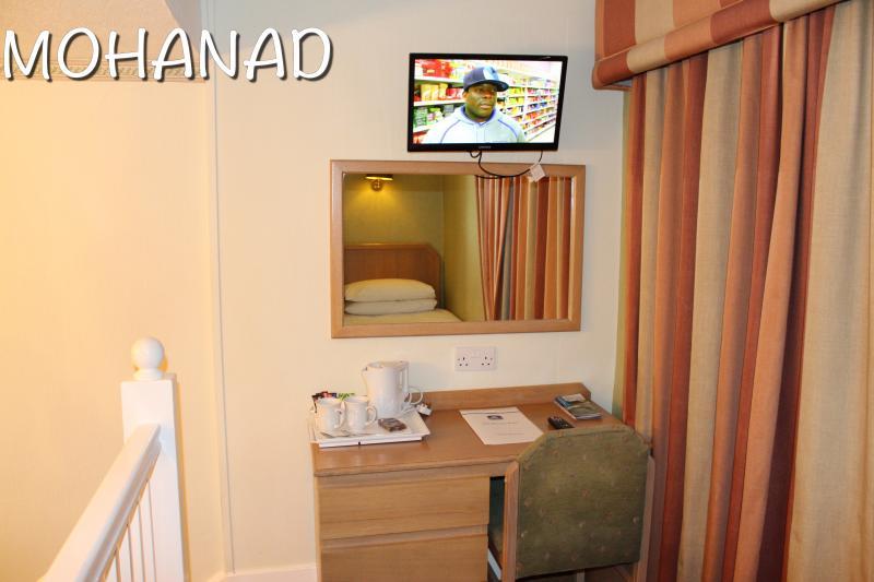 518951 المسافرون العرب فندق phoenix hotel في لندن