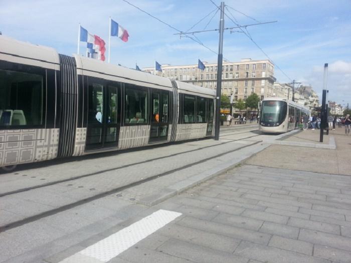526165 المسافرون العرب تقرير خفيف عن مناطق فرنسا