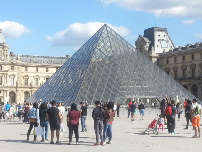 526224 المسافرون العرب تقرير خفيف عن مناطق فرنسا