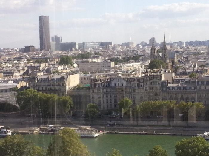 526252 المسافرون العرب تقرير خفيف عن مناطق فرنسا