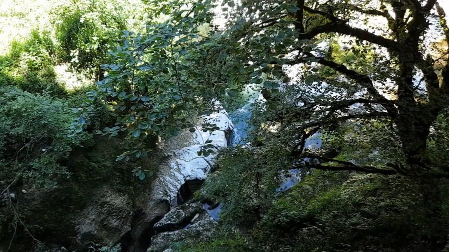 رحلة شيقة الى جبال الالب ونهر السي-539404