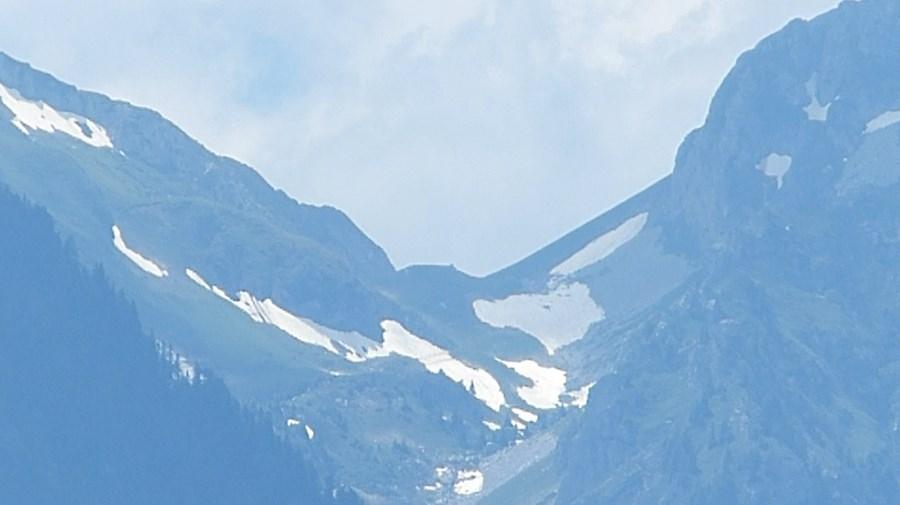 رحلة شيقة الى جبال الالب ونهر السي-539538