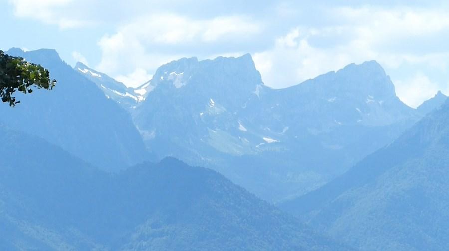 رحلة شيقة الى جبال الالب ونهر السي-539539