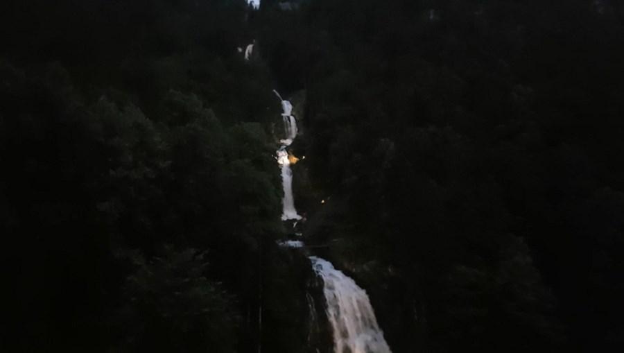 رحلة شيقة الى جبال الالب ونهر السي-539842