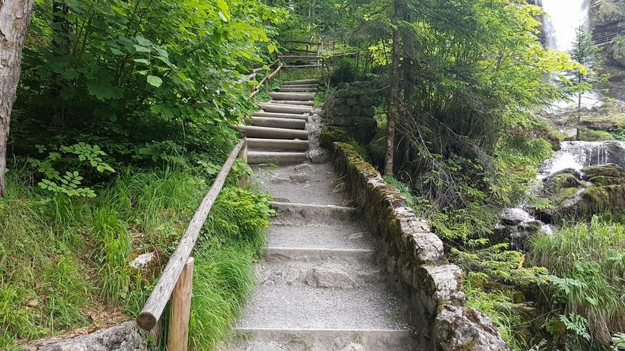 رحلة شيقة الى جبال الالب ونهر السي-540031