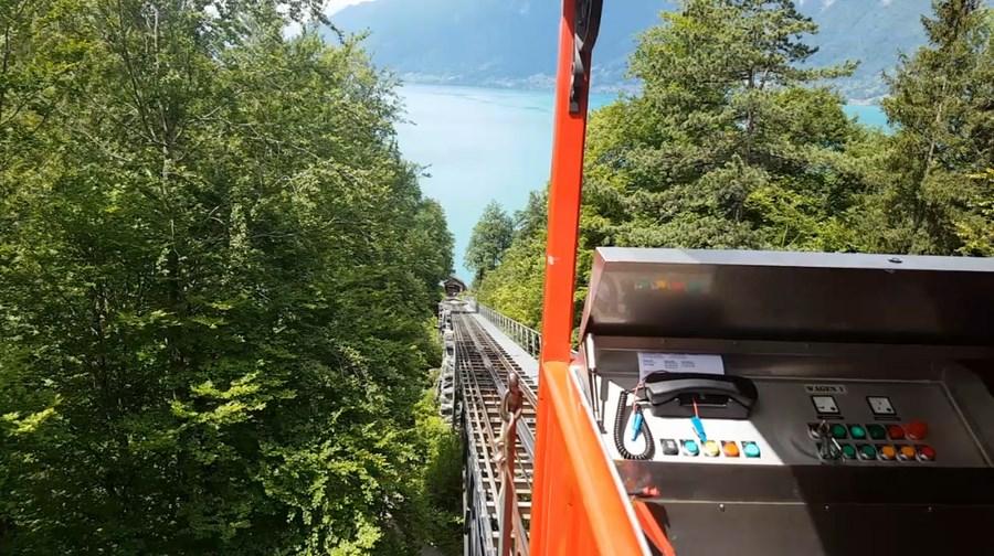 رحلة شيقة الى جبال الالب ونهر السي-540061