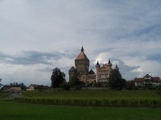 castello-vicino-lausanne.jpg