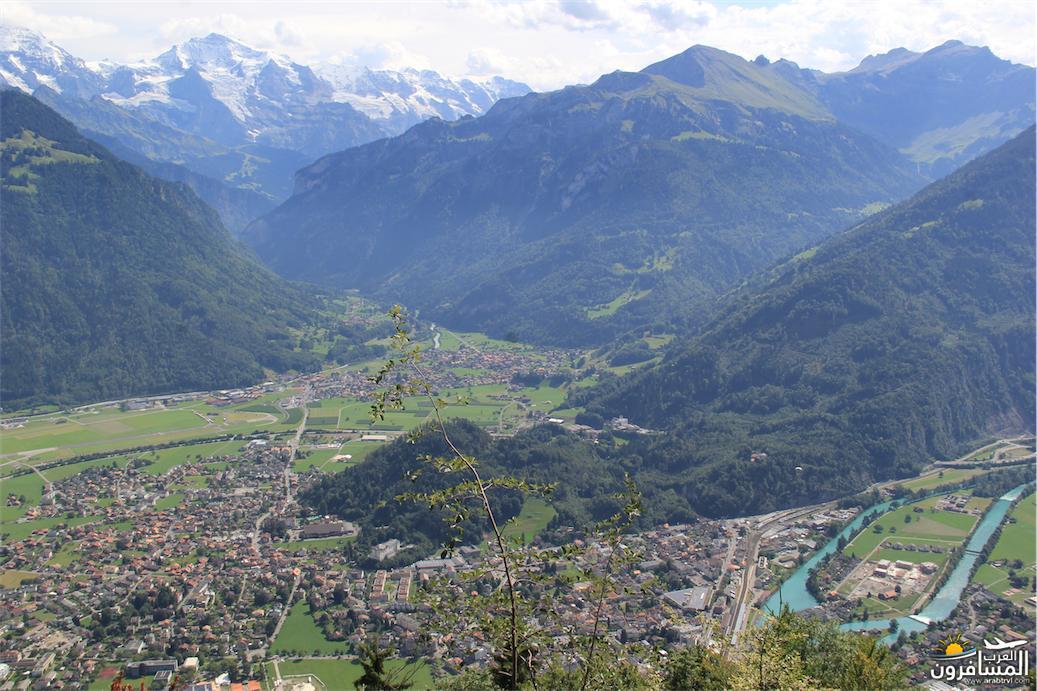 سويسرا بيوت ملوّنة و جداريات-543856