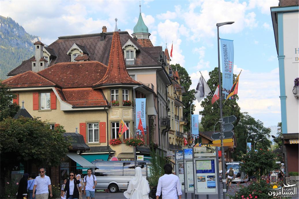 سويسرا بيوت ملوّنة و جداريات-543864