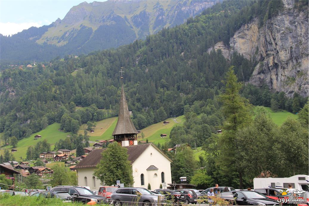 سويسرا بيوت ملوّنة و جداريات-543882