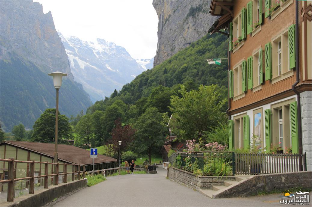 سويسرا بيوت ملوّنة و جداريات-543885