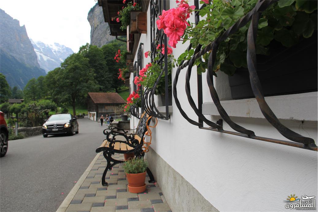 سويسرا بيوت ملوّنة و جداريات-543891