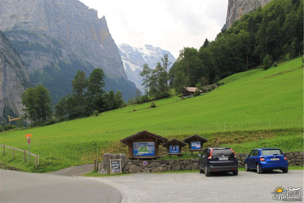 سويسرا بيوت ملوّنة و جداريات-543892