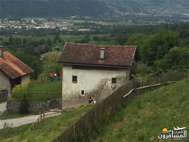 سويسرا بيوت ملوّنة و جداريات-543972
