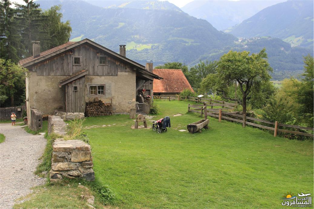 سويسرا بيوت ملوّنة و جداريات-543979