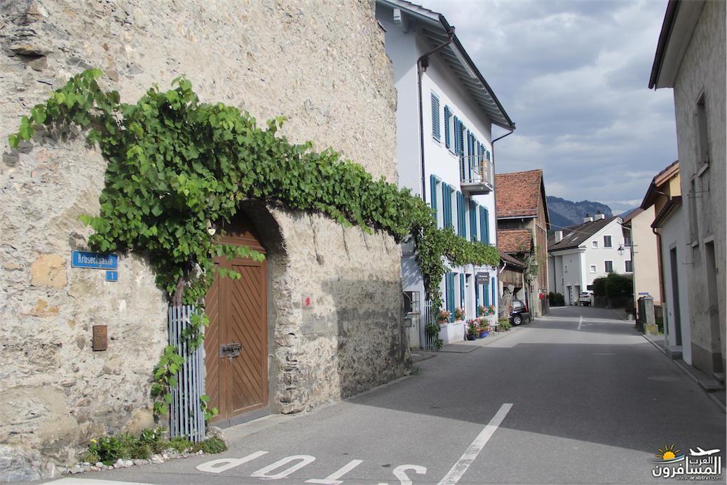 سويسرا بيوت ملوّنة و جداريات-543989