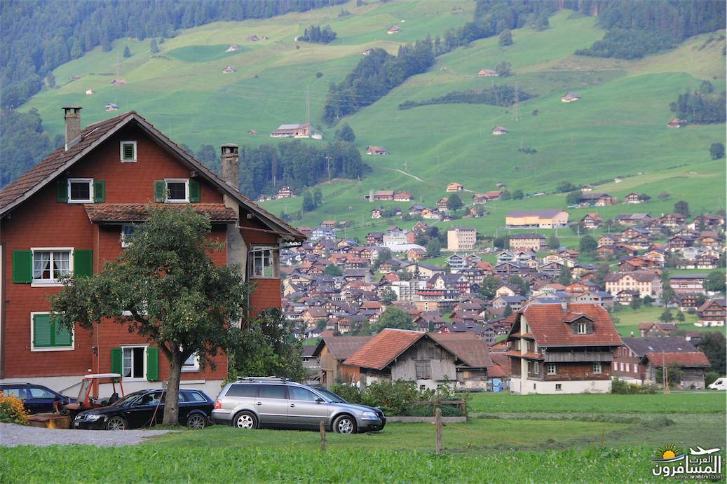 سويسرا بيوت ملوّنة و جداريات-544057