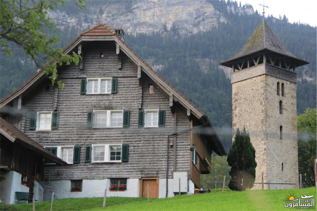 سويسرا بيوت ملوّنة و جداريات-544065