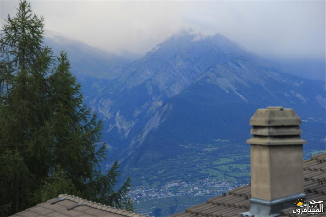 سويسرا بيوت ملوّنة و جداريات-544141